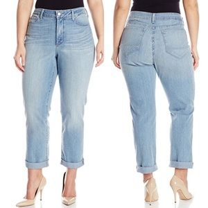NYDJ Boyfriend Jeans 22W Light Wash Plus size
